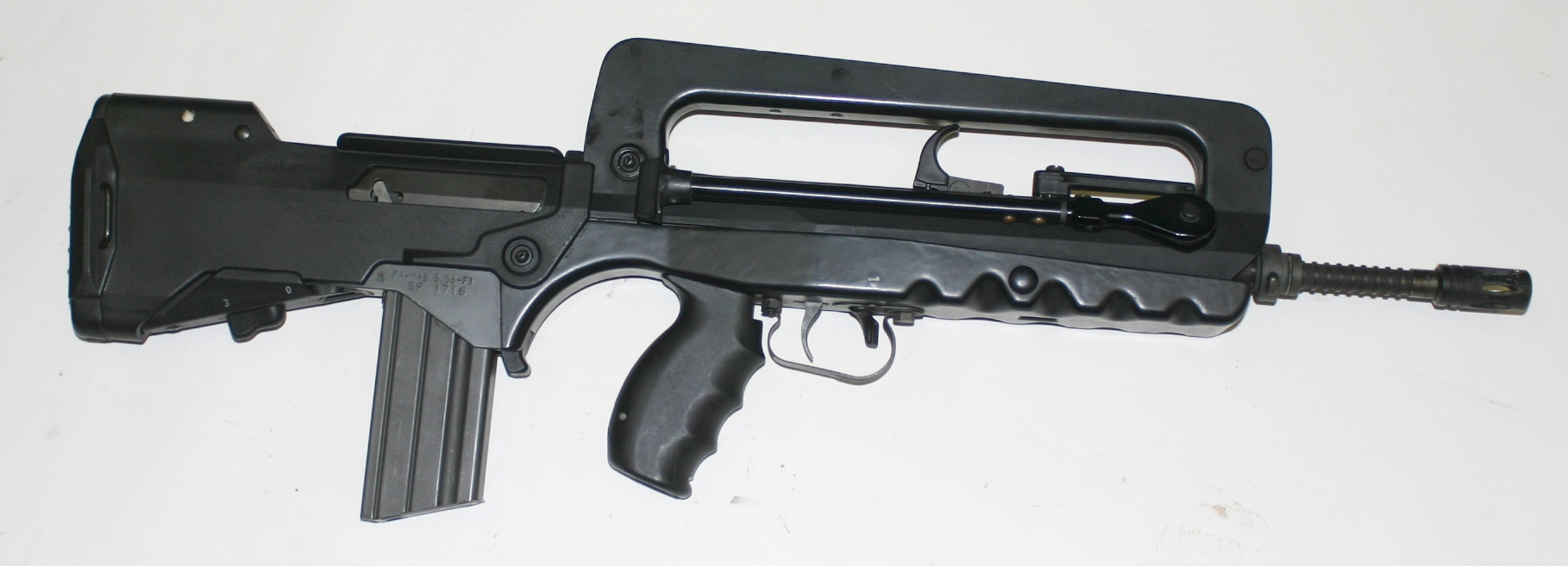 French FAMAS F1 – Forgotten Weapons