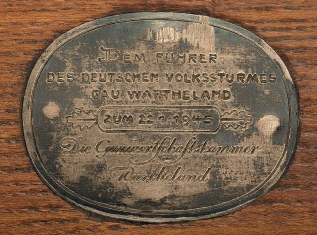 VG1 presentation plaque