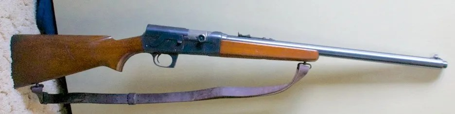 Remington Model 81 w/ extended magazine