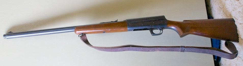 Remington Model 81 w/ extended magazine