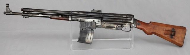 Fusil Asalto CB-51, in 7.92x40mm