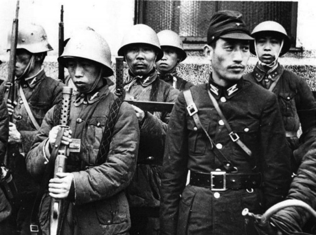 Japanese SNLF soldiers with SIG M1920 submachine guns