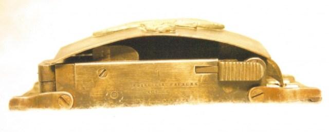 """""""Prototype"""" belt buckle pistol"""
