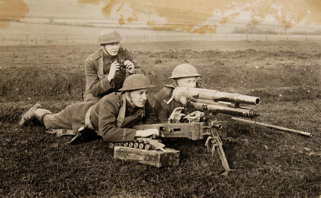 US troops demonstrating use of an M1916 37mm gun