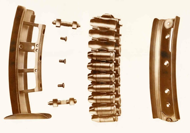 M1942 Sosso pistol magazine disassembled