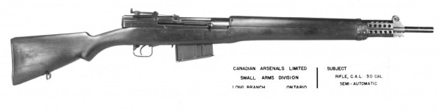 EX-1 rifle with 10-round long-action magazine. Source: MilArt photo archive (click to enlarge)