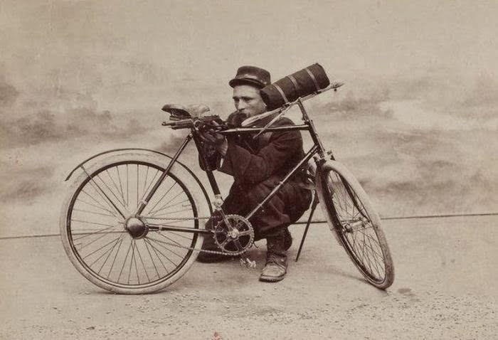 French bicycle soldier with an 1892 Berthier carbine