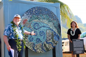 Governor Neil Abercrombie celebrated the dedication of a Hale `Opio mural project July 22 at the Nawiliwili Yacht Club.