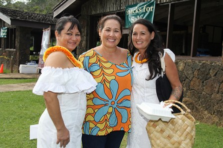 Daughters of Hawai'i, left to right, Malia Hookano, Pammy Chock and Kanoe Ahuna