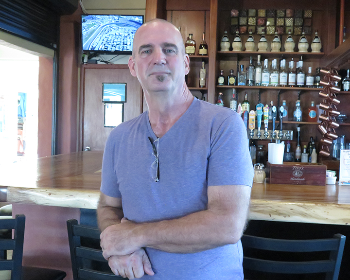 Tom Ianucci, of Pietro's Pizza and Pasta, is the first certificate holder in Hawai'i from the Associazione Verace Pizza Napoletana. Meaning, he knows pizza, the methods, the flour, the industry, the business, but most importantly, the experience of sharing it with friends and family.