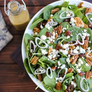 Spinach Salad with Tangy Red Wine Vinaigrette