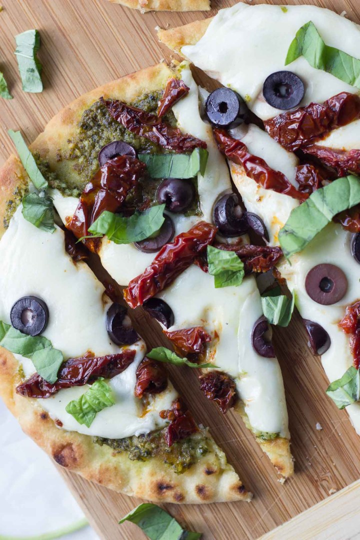 Mediterranean Flatbread // Fork in the Kitchen