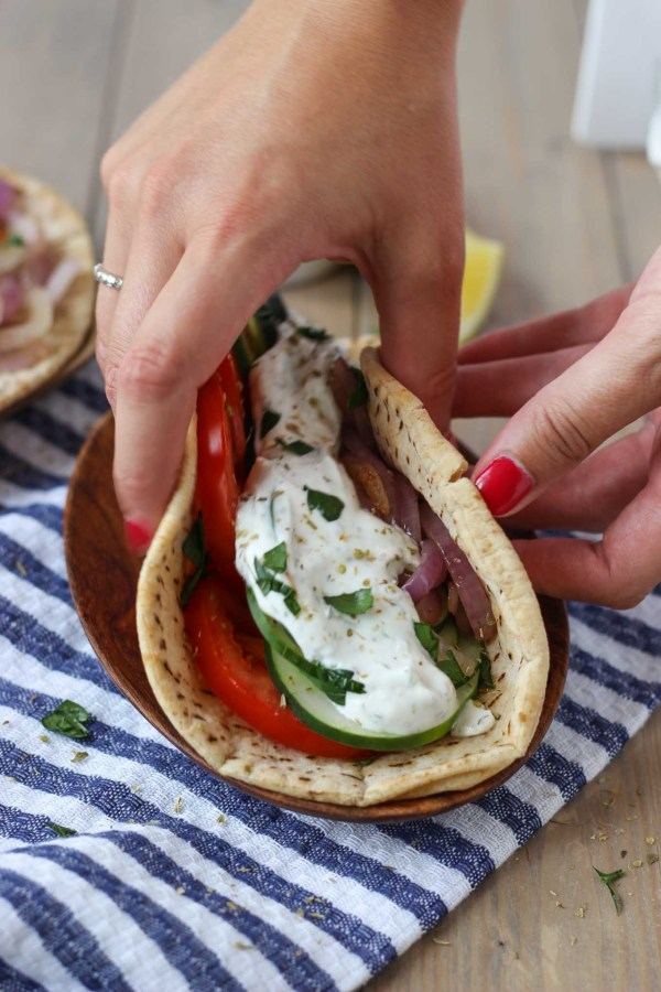 Easy Veggie Greek Pita // Fork in the Kitchen