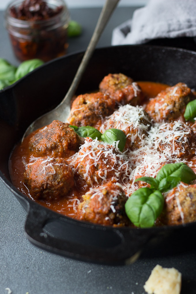 Super Savory Vegetarian Meatballs - excellent texture and lots of umami flavor, these meatless meatballs are spot on! | Fork in the Kitchen