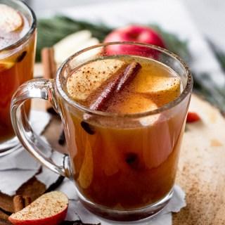 Hot Apple Cider Vanilla Bean Cocktail