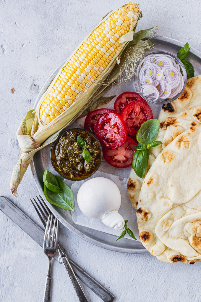 tray of ingredients for naan flatbread pizza recipe