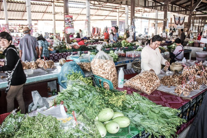 A farmer's market in Thailand, a cheap way to explore food while budget traveling.