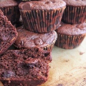 Protein-Packed Chocolate Banana Kodiak Cake Muffins
