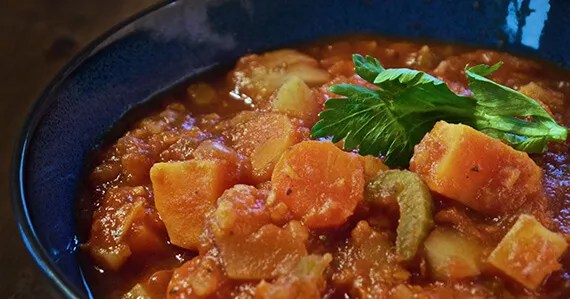 HeartyVegetableStew570x299 Hearty Vegetable Stew