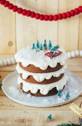 gingerbread cake christmas fork to belly