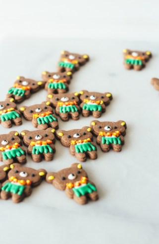 aloha rilakkuma cookies fork to belly