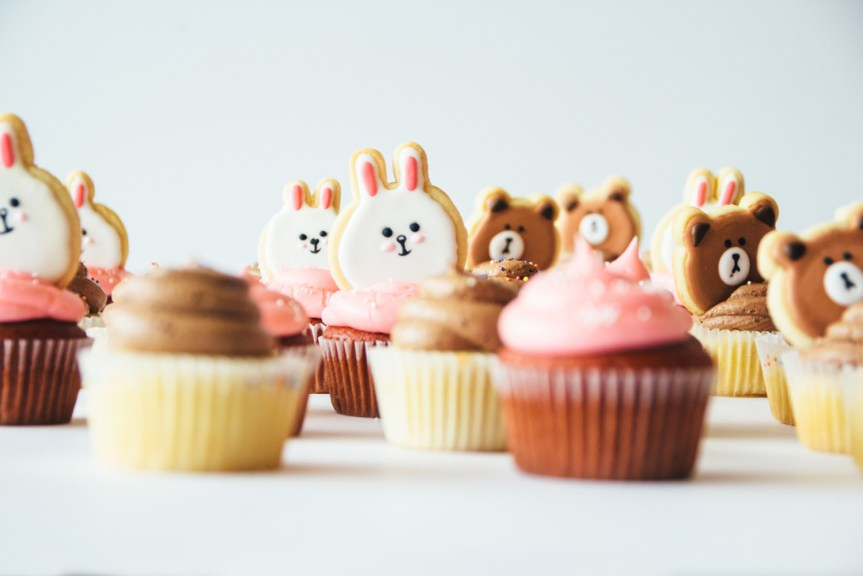 fork to belly LINE cupcakes