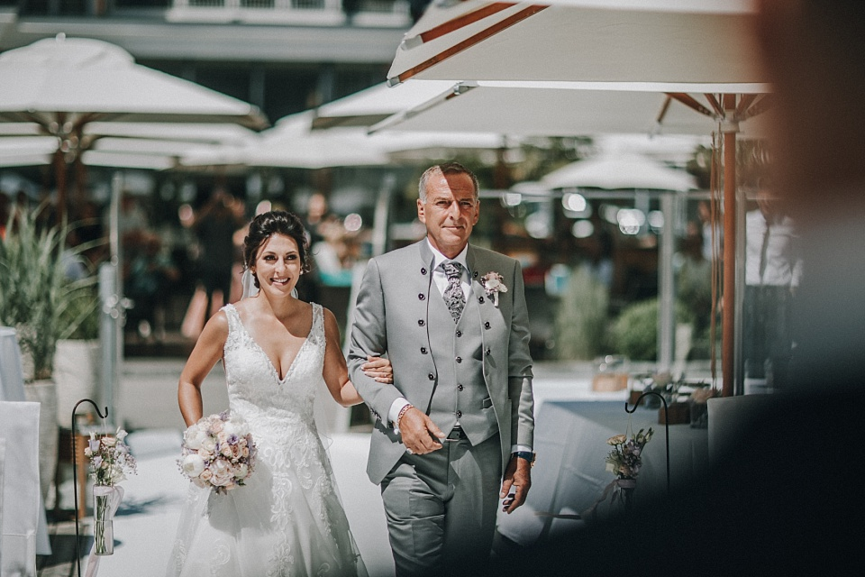 Hochzeit am Achensee, Strandhotel Entners, Seeterrasse, Braut, Vater