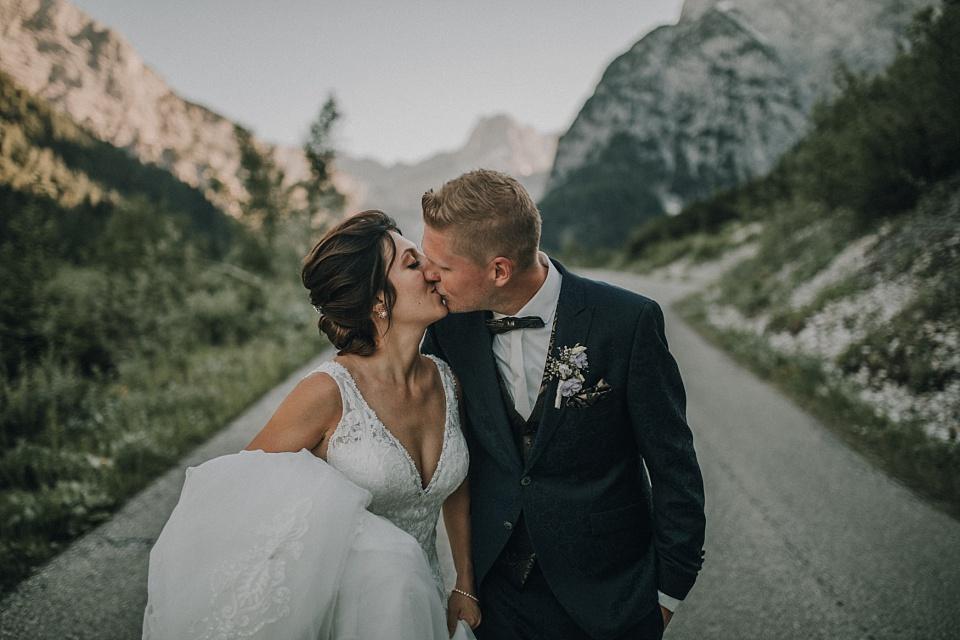 Paarshooting, Berge, Sonnenuntergang, Kuss