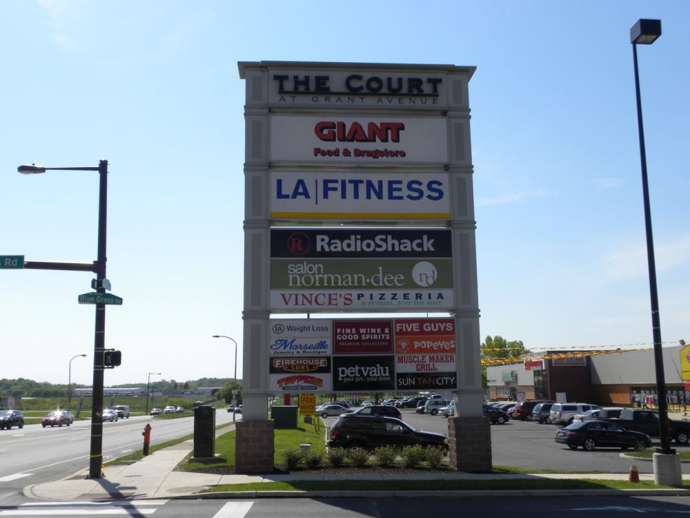 MultiTenant Pylon  Shopping Center Signs  Forman Signs