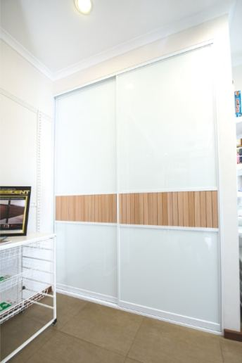 Louvre Timber Slat Doors and White Glass