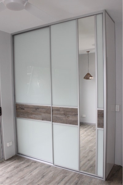 Flooring Included in the Wardrobe Panels