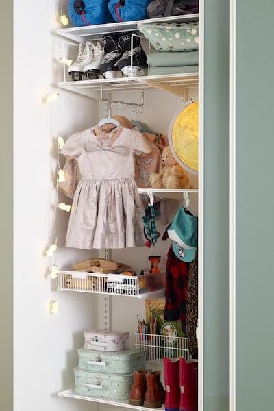 Elfa-wardrobe-slidingdoors-childrensroom-1a-web