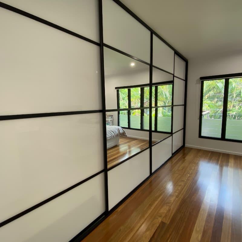 Multi Panel Sliding Doors Mirror & White Glass