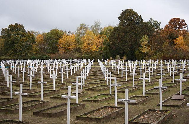 Militärkyrkogården i Gardelegen