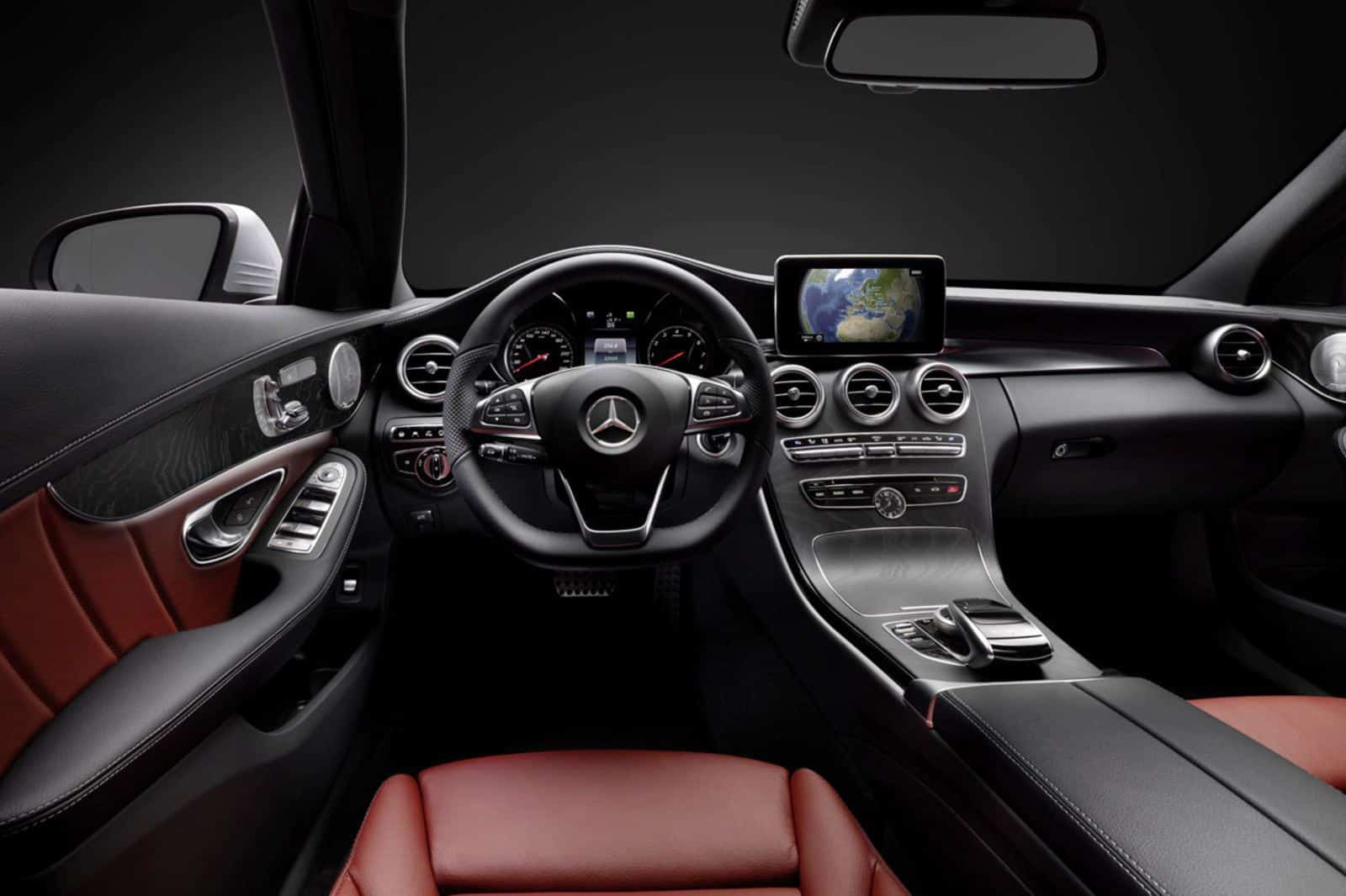 Mercedes Benz Reveals C Class Interior