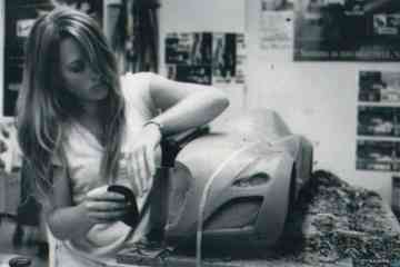 Maeva Ribas works on her 5th scale Bugatti model