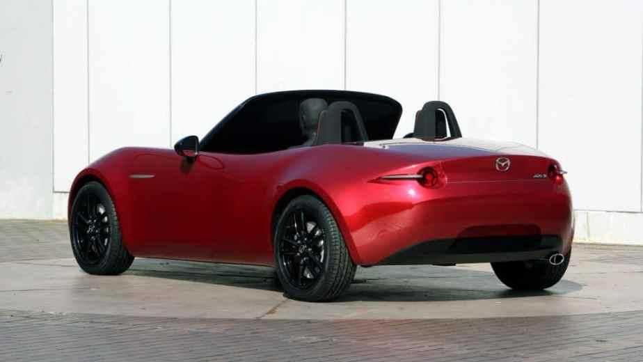 https://i0.wp.com/www.formtrends.com/wp-content/uploads/2017/10/ND-Mazda-MX-5-Miata-Design-Concept056-1024x576.jpg?fit=924%2C520&ssl=1
