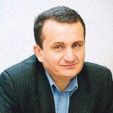 """Conf. Dr. AVRAM FIŢIU - """"În decursul ultimilor 2000 de ani, Europa nu a mai cunoscut un popor care să-şi vândă o treime din pământ pe timp de pace, cum au făcut românii&qu"""