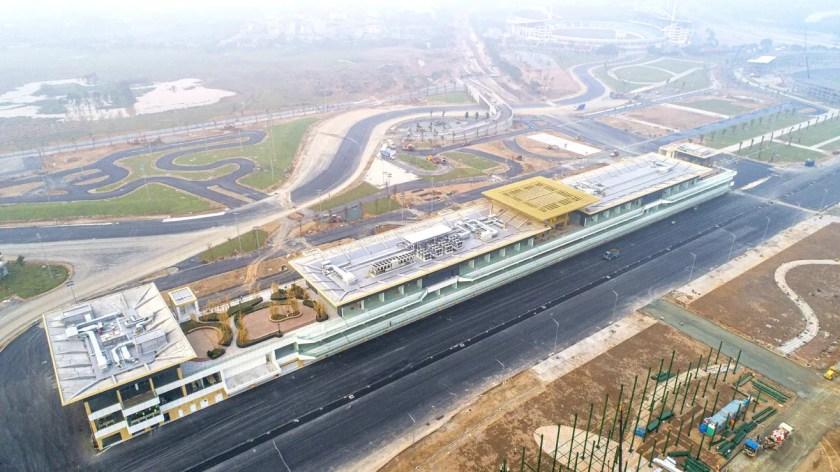 GP Vietnam pit lane