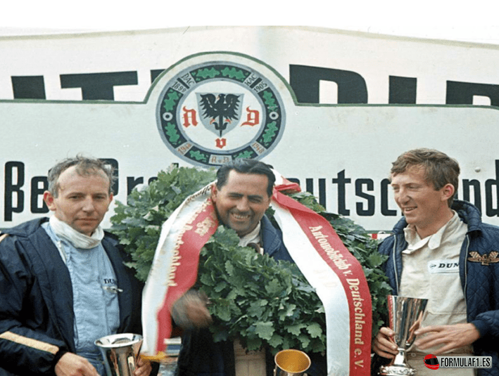 Podio final y entrega de trofeos. GP Alemania 1966