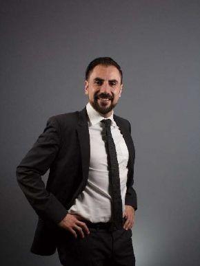 Ivan Velez - Formula Medica