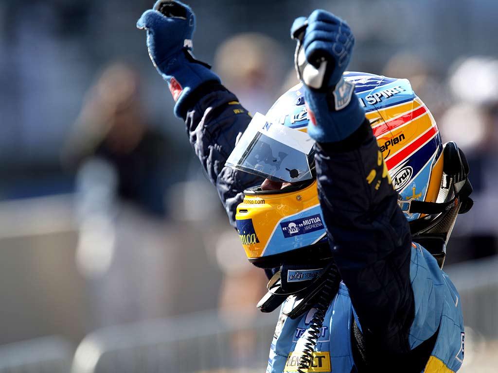 Fernando Alonso desvela el casco que utilizará en 2021 con Alpine F1 Team