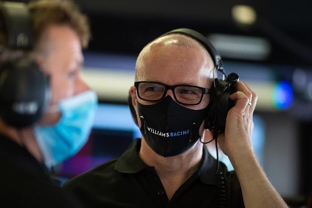 Williams Racing nombra a Simon Roberts director interino