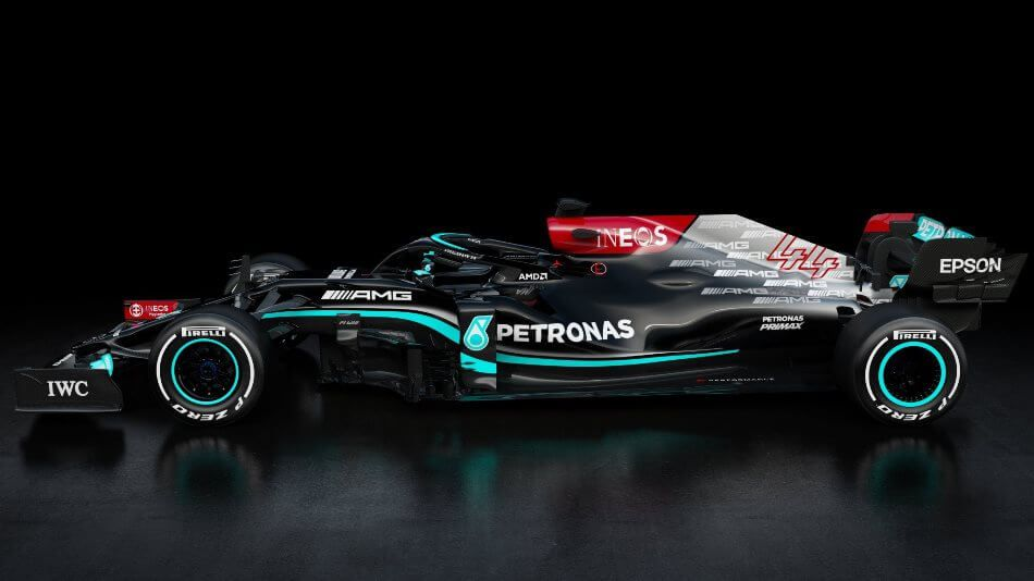 Mercedes presentó su monoplaza para 2021; el W12 E Performance