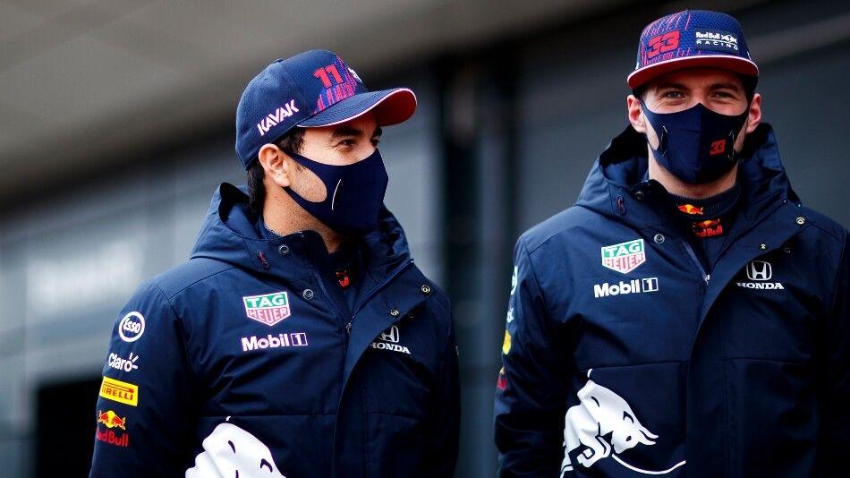 """Max Verstappen necesita el apoyo de Pérez para vencer a los Mercedes: """"Estoy solo en esta pelea"""""""