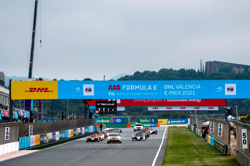 La Fórmula E cambia la regla de reducción de energía tras el caótico final de carrera en Valencia