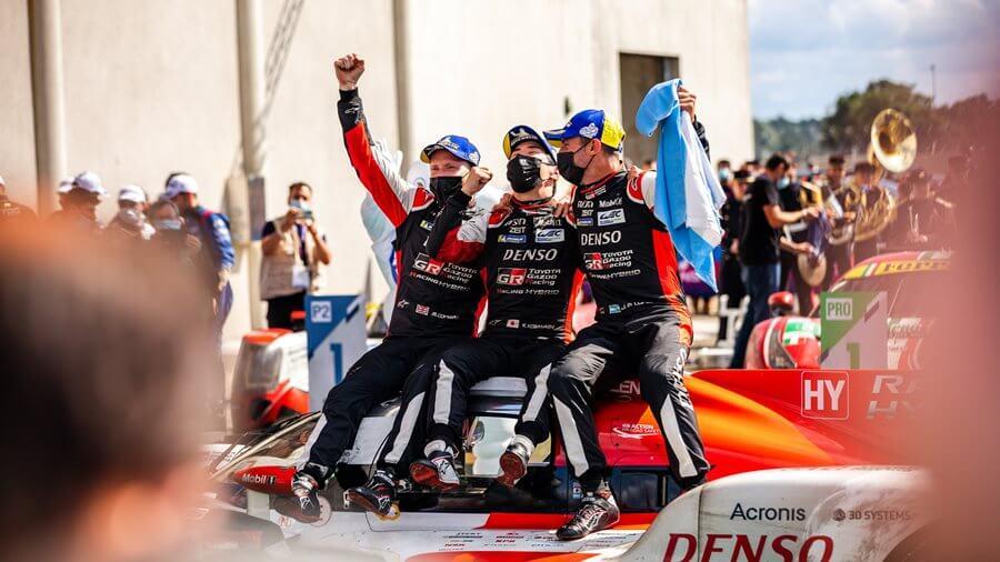 Toyota logra su cuarta victoria consecutiva en Le Mans y la primera para el auto No. 7