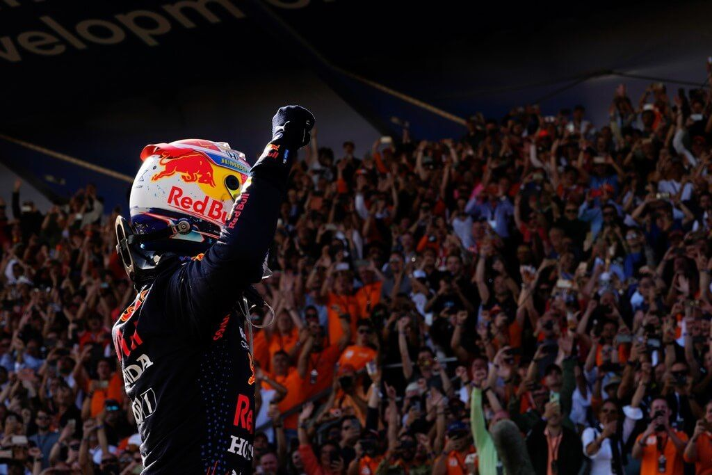 """Mario Andretti elogia a Verstappen: """"Tiene la calidad de un campeón"""""""