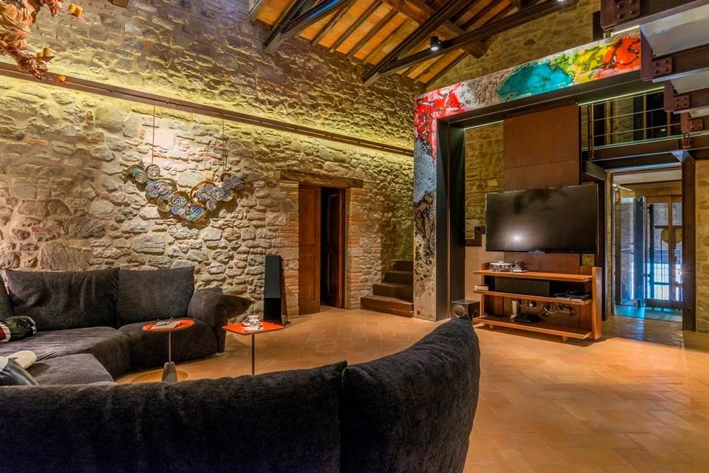 In cerca di ispirazione Foto di interni con pavimenti in cotto fatto a mano