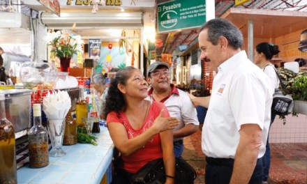 Becas, casas, seguridad social e incremento salarial para policías: Juan Bueno Torio